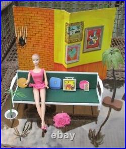 1964 ORIGINAL MISS BARBIE in BOXBARBIE FURNITUREWIGSSTANDOSS1st BEND LEGS
