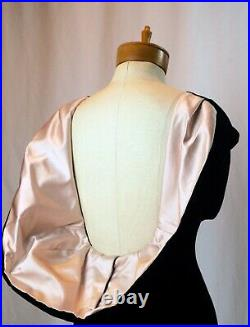 Thierry Mugler Rare Fall 1987-1988 Black Velvet and Pink Satin Mermaid gown
