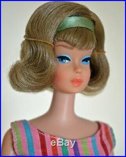 Vintage 1966 Barbie side part American Girl bend leg, minty, all original