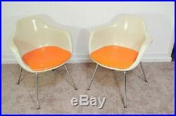 Vintage Pair of Krueger Arm Chairs Mid Century Modern Fiberglass Shell Dining