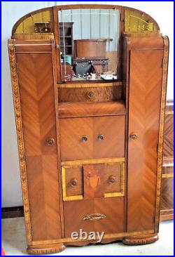 Waterfall/Art Deco Best Bedroom suite Inlaid, etched mirrors, c1930's-40s, 7pc